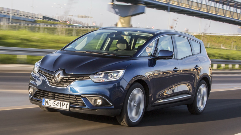 Renault Grand Scénic Hybrid Assist - test