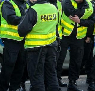 KSP: Publikację wizerunków osób sprzed Sejmu poleciła prokuratura