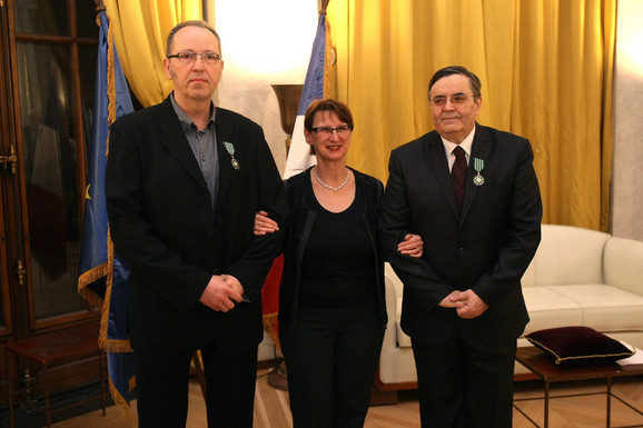 Profesor FLU Mrđan Bajić, francuska ambasadorka Kristin Moro i direktor Kinoteke Radoslav Zelenović