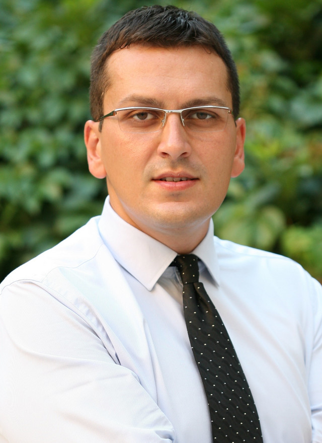 Dr Janko Samardžić, kandidat struke
