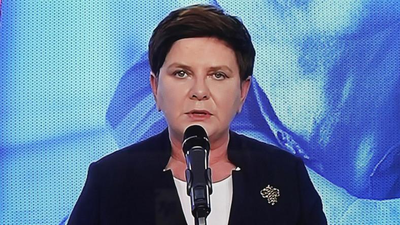 Beata Szydło - transmisja z konferencji prasowej