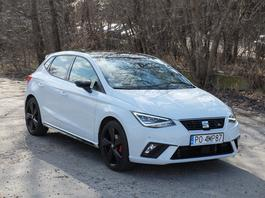 Seat Ibiza 1.0 TSI FR Black – atrapa sportowego auta?