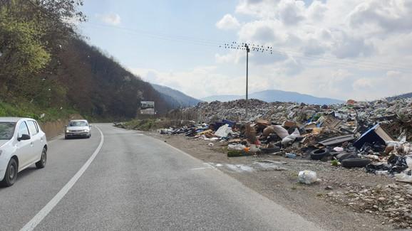 Deponija zaklanja Prijepolje s magistrale