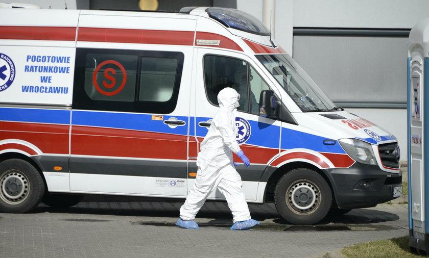 Pacjenci z koronawirusem przebywają na Koszarowej