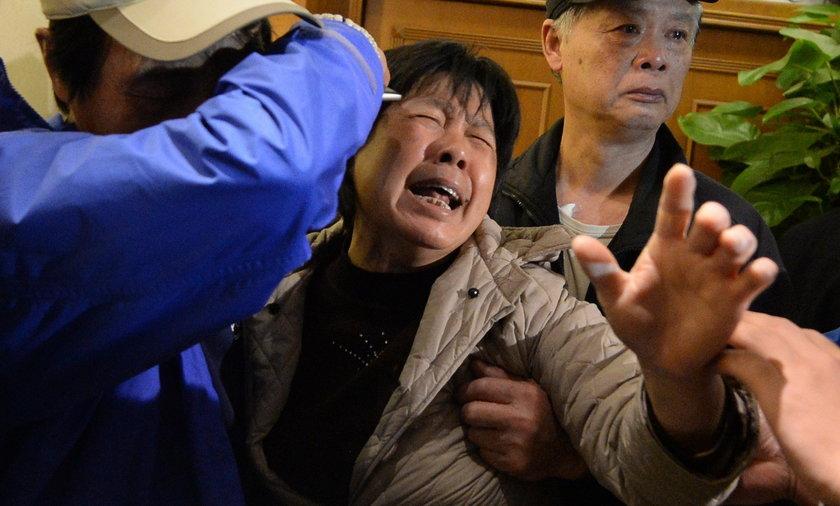 Rodziny opłakują ludzi z felernego lotu mh370