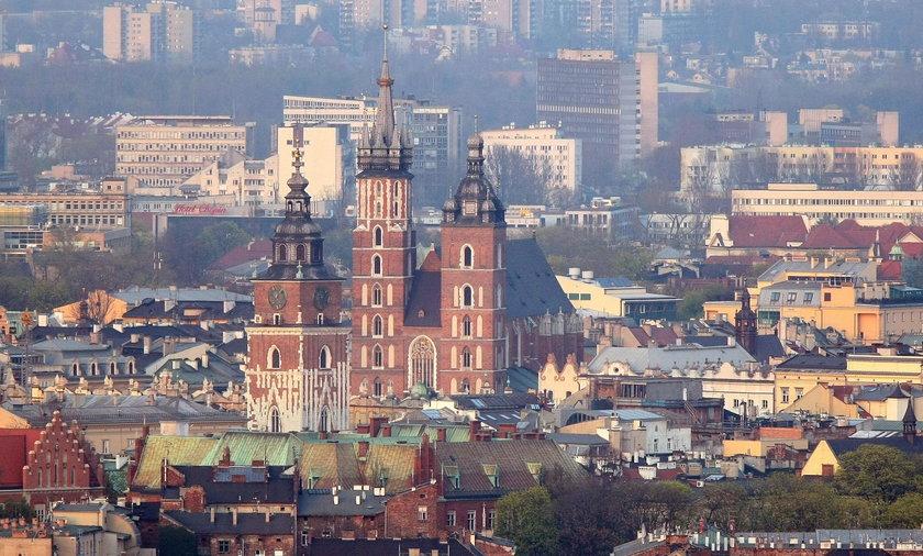 Kraków: American Airlines i kontrowersyjny spot. Kraków to wódka?