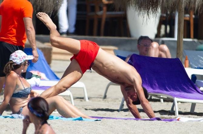 Novak Đoković na plaži u Marbelji