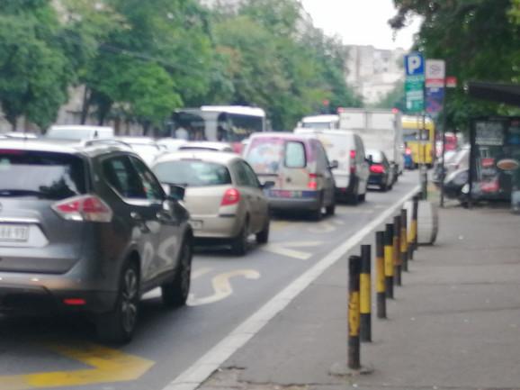 Kolona vozila  u Cvijićevoj ulici