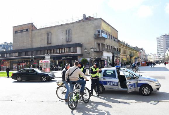 Kazna za bicikliste zbog vožnje pešačkom zonom, ali ne i za crni