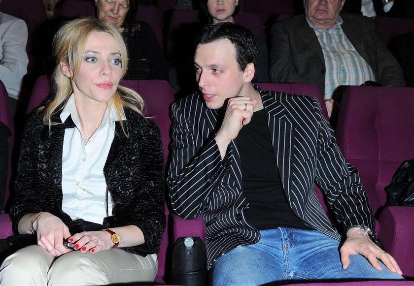 """Aktorka """"Londyńczyków"""" pokazała męża. Foto!"""
