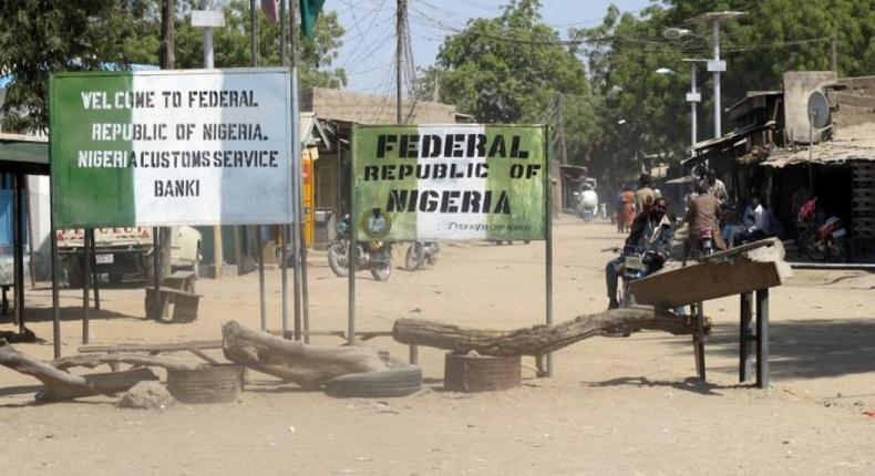 Nigerian government insists on closing borders with neighbouring countries until 2020 despite protests