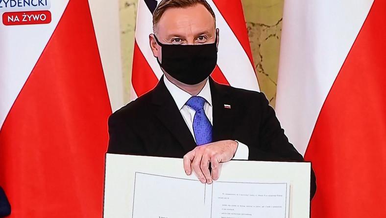 Andrzej Duda ratyfikował umowę między rządem Rzeczypospolitej Polskiej a rządem Stanów Zjednoczonych Ameryki o wzmocnionej współpracy obronnej