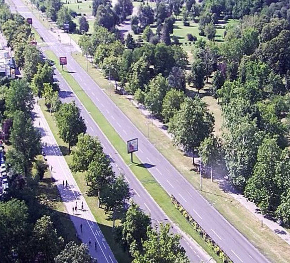 Prazan Bulevar Mihajla Pupina