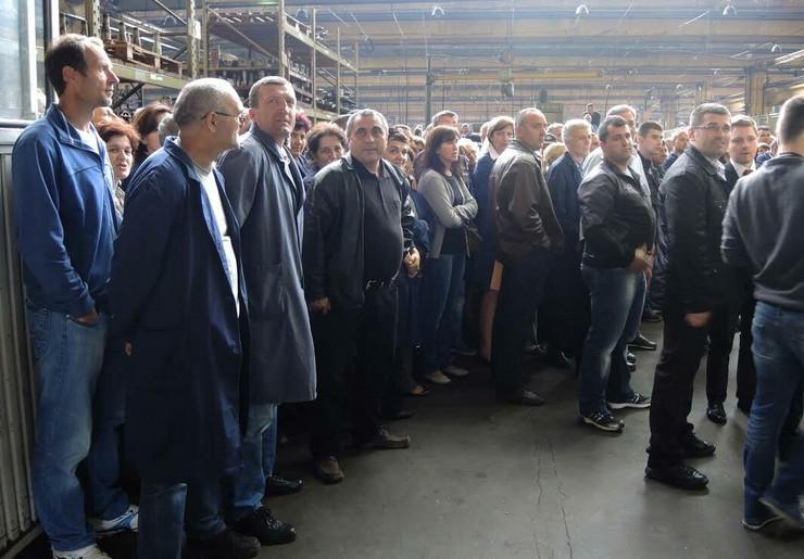Bivšim radnicima FAP-a biće isplaćeno 100 evra po godini staža