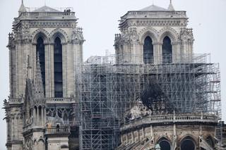 Katedra Notre Dame jednoczy i dzieli