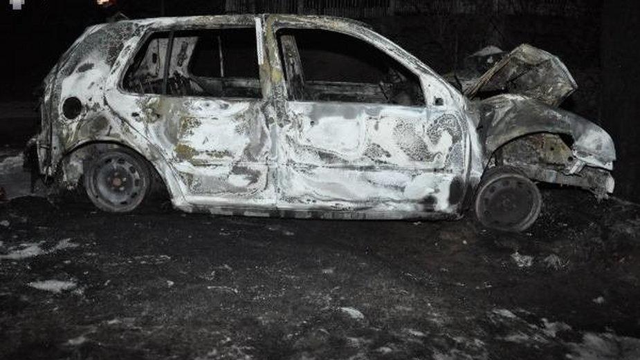 Spalony samochód