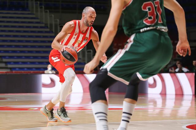 Marko SImonović na utakmici Crvena zvezda - Baskonija