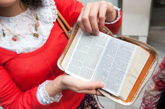 Jehovini svedoci odbijaju transfuzije krvi zbog svoje vere