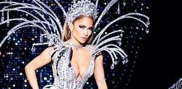Jennifer Lopez. 48 lat i kipi seksem