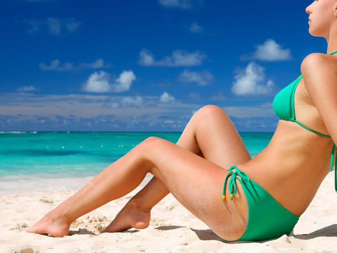 Dočekajte lepo vreme u najboljem izdanju uz liniju Avon works: Oblikovano telo je najbolji detalj za novu sunčanu sezonu!