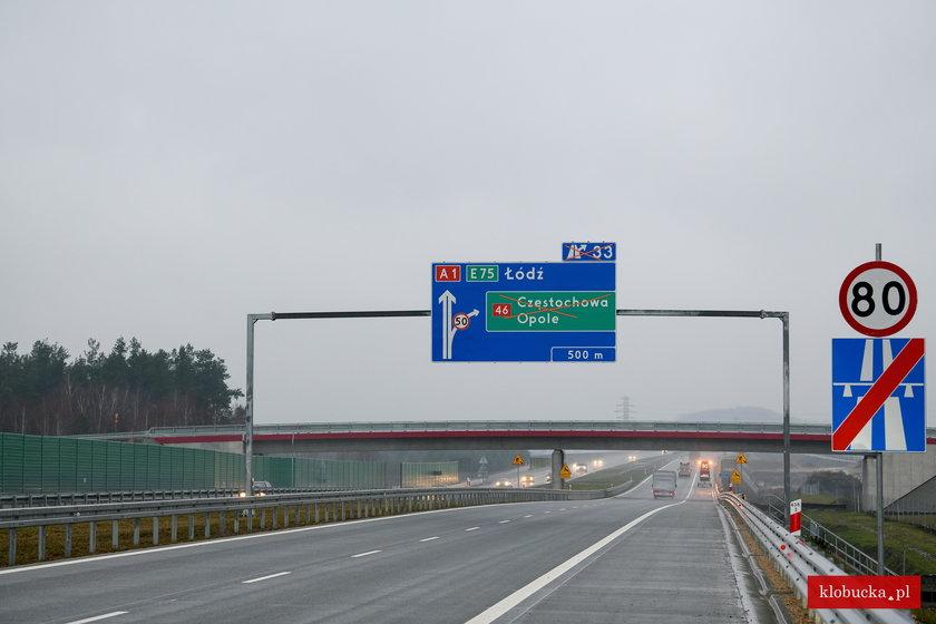 Dzień po otwarciu osunęła się skarpa autostrady