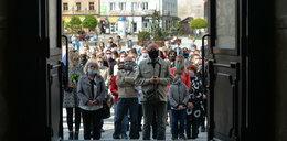 Urodziny Jana Pawła II. Wierni zapomnieli o zasadach bezpieczeństwa