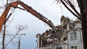 Czy można rozpocząć pilną rozbiórkę budynku? Co ze zgłoszeniem do starosty