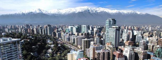 6. miejsce: Santiago de Chile - stolica Chile. Santiago jest największym miastem kraju, mieszka tam trzecia część ludności państwa, około 5 mln. mieszkańców