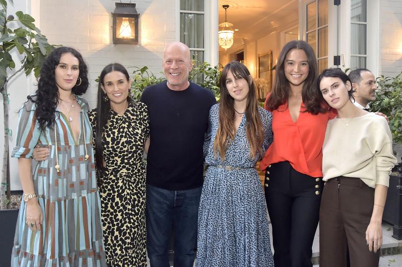 Rumer Willis, Demi Moore, Bruce Willis, Scout Willis, Emma Heming Willis and Tallulah Willis