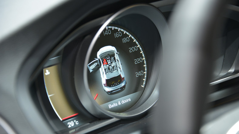 Specjaliści z Euro NCAP ogłosili największe hity samochodowe jeśli chodzi o bezpieczeństwo. Nie zostawili też suchej nitki na autach, które wypadły beznadziejnie w testach zderzeniowych. W 2012 roku Euro NCAP niszczącym doświadczeniom poddał 36 pojazdów dostępnych na europejskim rynku. Sześć z nich zdobyło tytuł najbezpieczniejszych przedstawicieli swojej kasy. Kto nie miał tyle szczęścia? Oto najnowsza lista…