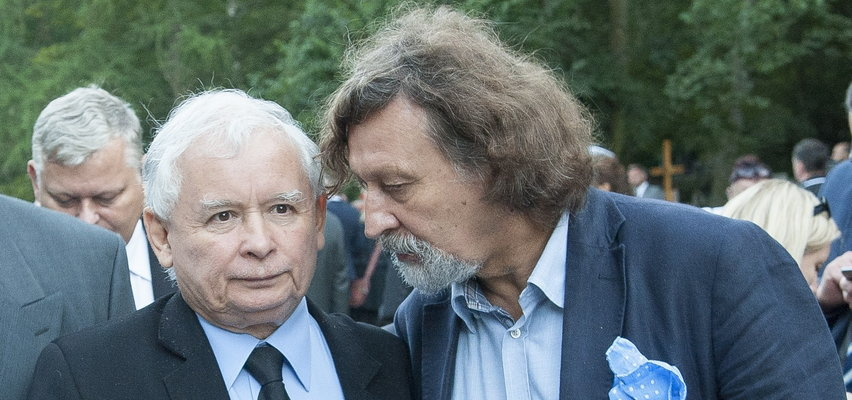 Jarosław Kaczyński wydał wojnę tłustym kotom, a jego kuzyn... robi karierę na państwowym