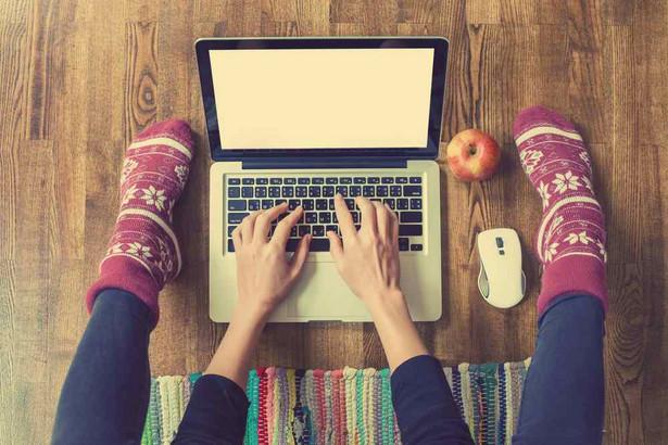 Praca z domu, home office