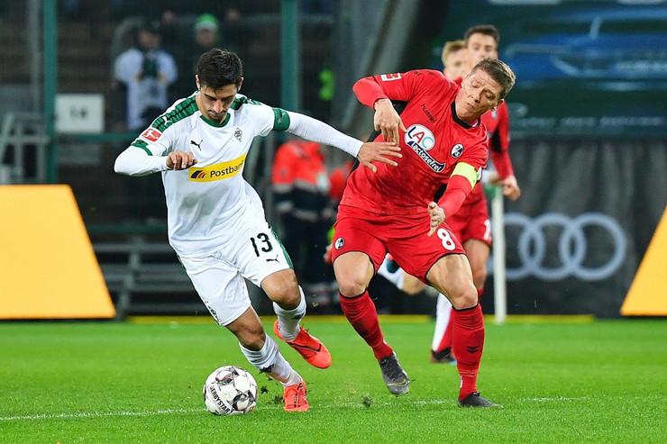 FK Borusija Menhengladbah, FK Frajburg
