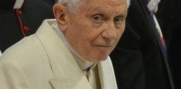 Benedykt XVI mówi o objawieniu się Antychrysta. Co ciekawe, szatan też udziela ekskomuniki, ale...