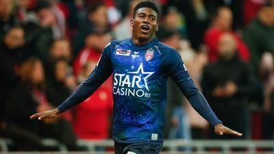 Nigerian forward Taiwo Awoniyi joins Mainz on loan from Liverpool