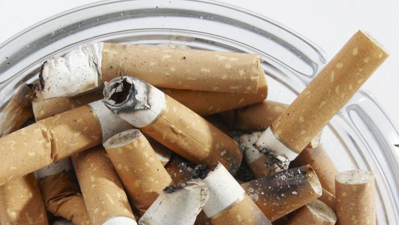 Polacy nie wierzą, że ustawowy zakaz palenia coś da