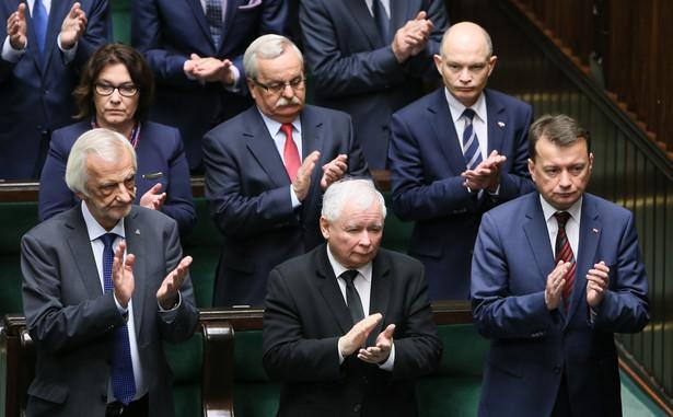 Politycy PiS podczas obrad Sejmu