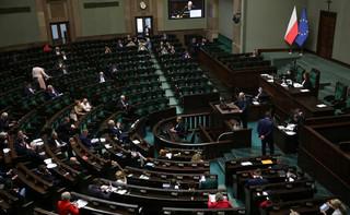 Projekt w sprawie bezkarności urzędników wykreślony z porządku obrad Sejmu