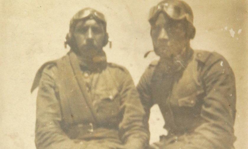 Tadeusz Dałek (z lewej) podczas ćwiczeń w 1938 roku