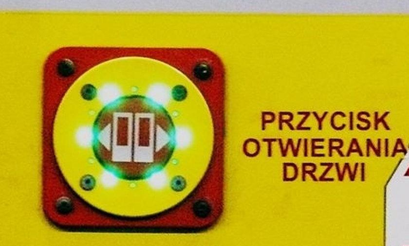 przycisk drzwi skm otwieranie gdańsk