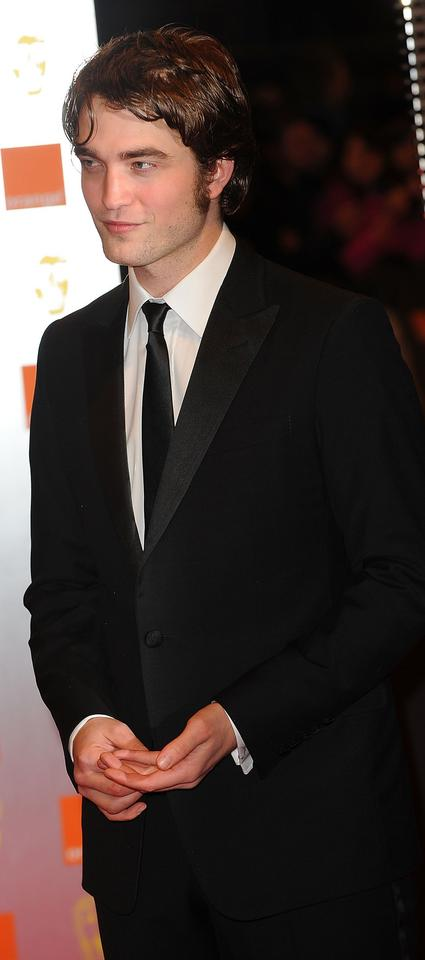 Robert Pattinson na gali BAFTA