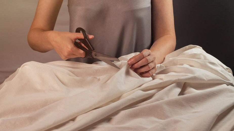 Dlaczego warto szyć ubrania?