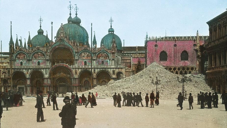 Katastrofa w Wenecji - zawalenie się dzwonnicy na Placu św. Marka 14 lipca 1902 r.