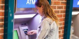 Uwaga, z bankomatów tego banku nie wypłacicie pieniędzy