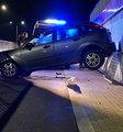 Policjanci wezwani do wypadku w Warszawie przecierali oczy ze zdumienia. Zdjęcia mówią same za siebie