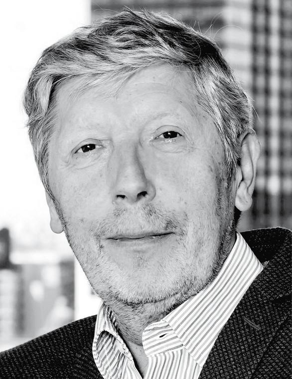 dr Robert Sobiech dyrektor Centrum Polityki Publicznej Collegium Civitas (autor raportu)