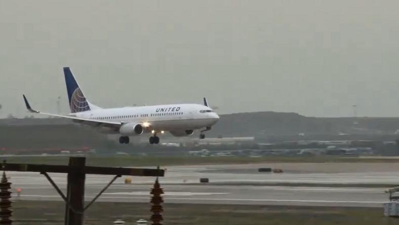 Awaryjne lądowanie samolotu Alaska Airlines