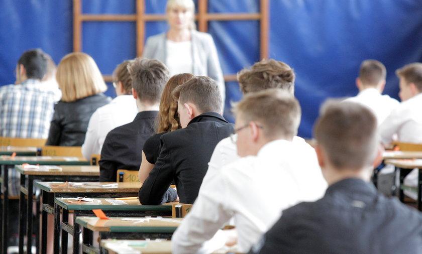 Próbny egzamin ósmoklasistów. Jakie obowiązują wytyczne sanitarne?