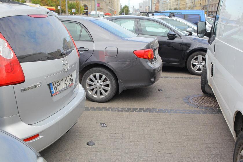 Aplikacja wskaże ci miejsce parkingowe
