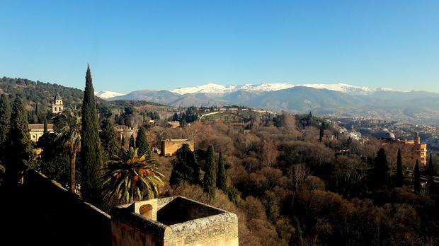 Sierra Nevada widziana z Alhambry